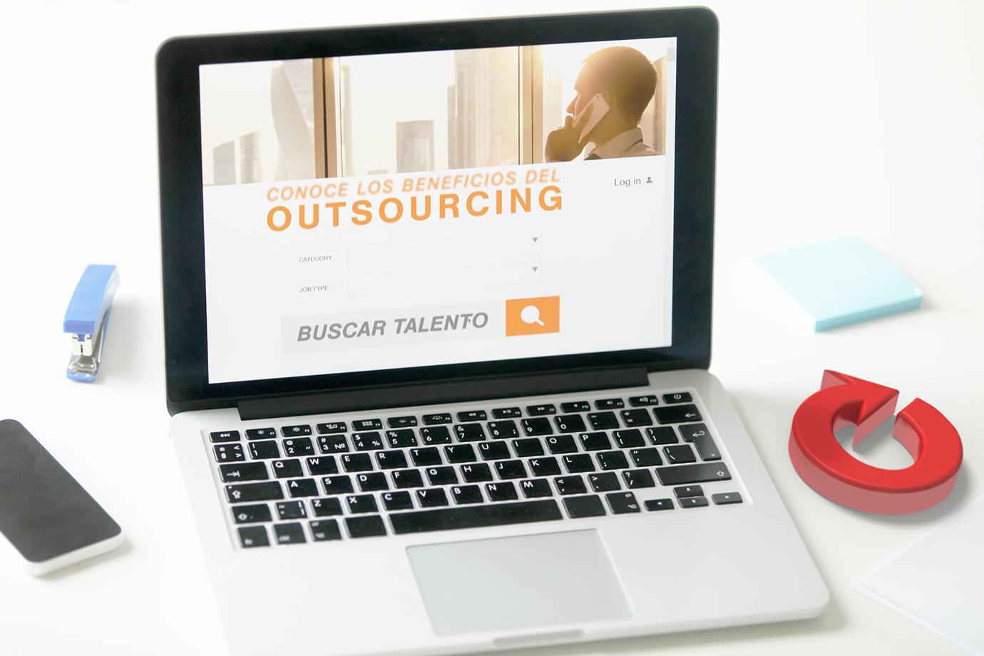¿Sabes cuáles son las ventajas del outsourcing en México?